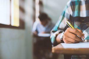 Read more about the article Listes définitives des étudiants (semestre 2,semestre 4, semestre 6) par centre et local d'examen(filière , module) Session printemps Ordinaire 2020